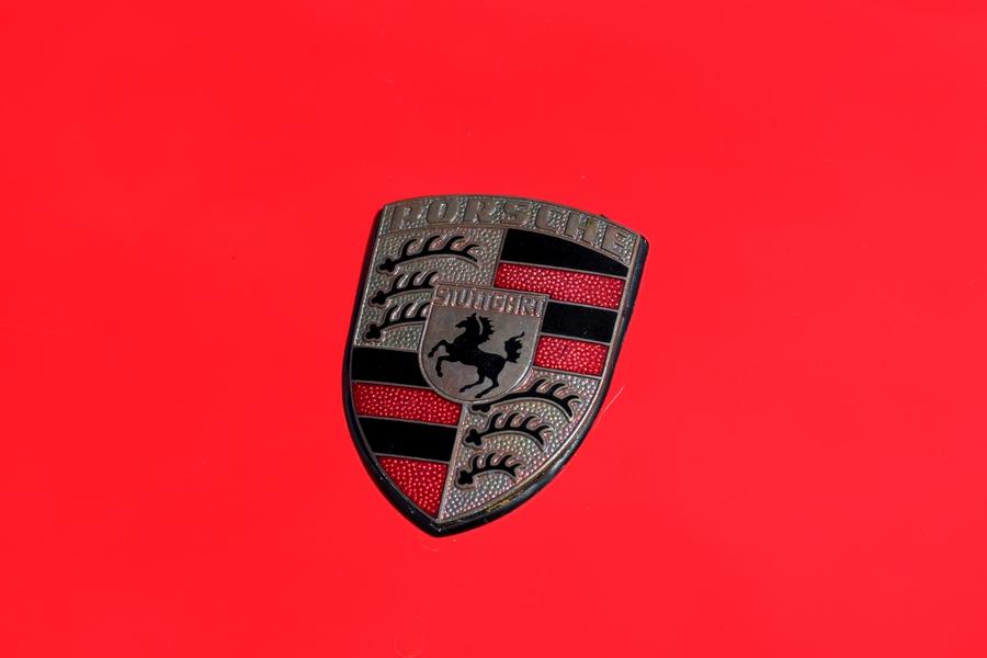 Porsche 924 embléma